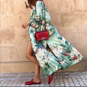Jackets & Blazers - Kimono style duster coat with exotic floral print